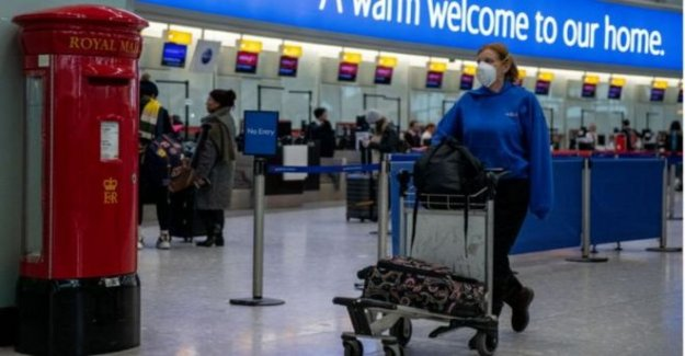 Heathrow jefe advierte de cuarentena de estrangulamiento de la economía