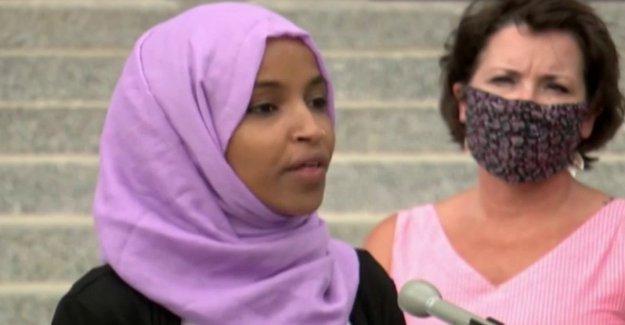 Ilhan Omar toma el calor de la primaria Demócrata de los rivales, que dicen que ella es el Triunfo del mejor sueño'