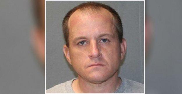 Iowa hombre irrumpió en el banco para robar desinfectante de manos: Policía