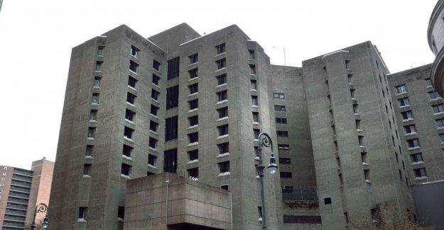 Jeffrey Epstein suicidio todavía se cierne sobre la Oficina federal de Prisiones de 1 año más tarde