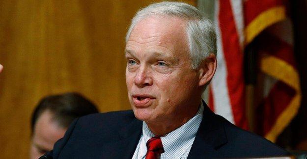 Johnson dice que las citaciones 'próxima' en Rusia de la sonda, a pesar de que antes de la retroalimentación de los colegas