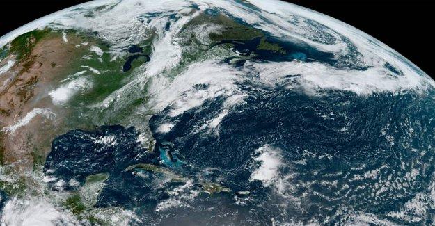Josephine se debilita en una depresión tropical, Kyle ya no es una tormenta tropical