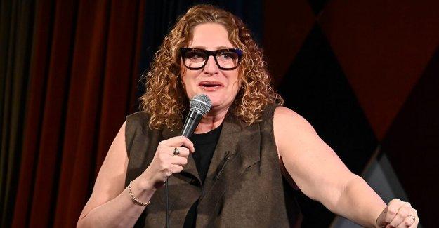 Judy Oro en la comedia de ofender público de hoy: Todo lo que no se trata de ti'