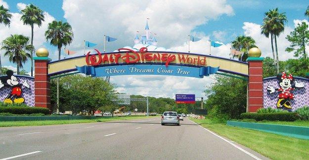 La bisabuela de demanda a Disney World en 'humillante' CDB aceite de detención