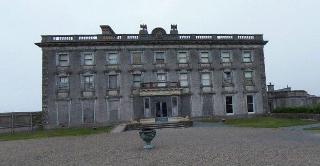 La mayoría de la casa embrujada en Irlanda sube para la venta