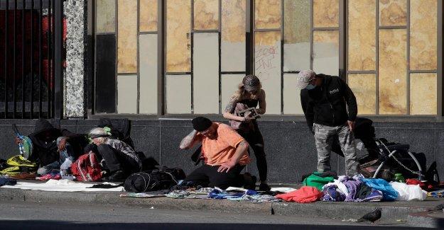 La policía de San Francisco del busto laboratorio de metanfetamina en el hotel que es parte de la ciudad, el programa de vivienda alternativa