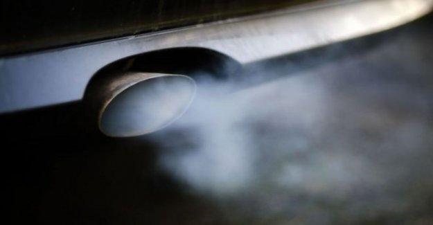 La prohibición de los anuncios de la contaminación de grandes coches, informe dice
