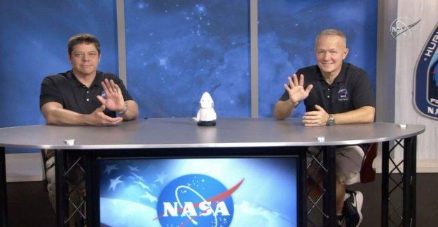 Los astronautas: SpaceX Dragon cápsula 'revivió' sobre el descenso