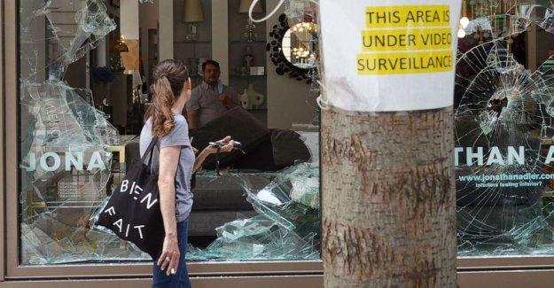 Los fiscales cara retroceso por lo que los críticos llaman una indulgente respuesta a los disturbios