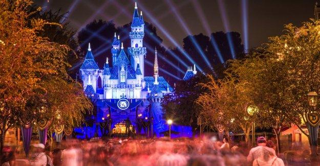 Los padres no están listos para llevar a los niños a Disneyland, Disney World y otros parques temáticos: informe