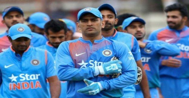 MS Dhoni de jubilación deja un vacío en el mundo de cricket
