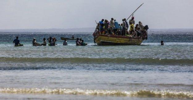Mozambique batallas para retomar el puerto clave de militantes