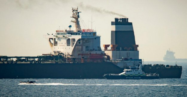 NOS confisca Iraní de combustible de cuatro buques, dice funcionario