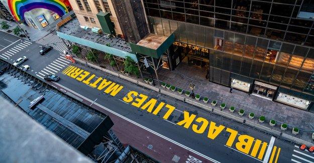 NYC pro de la policía de los grupos de decir 'Blue Vida Importa' mural cae bajo derechos de la Primera Enmienda