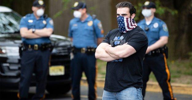 Nueva Jersey gimnasio propietarios enfrentándose con Gov Murphy tiro abajo de las barricadas en la entrada de la