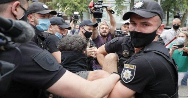 Oposición bielorrusa disputas líder de la victoria aplastante del