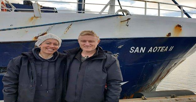 Pareja de luna de miel varados por coronavirus vuelve a casa por enganche de 5.000 millas de viaje en barco de pesca en la Antártida