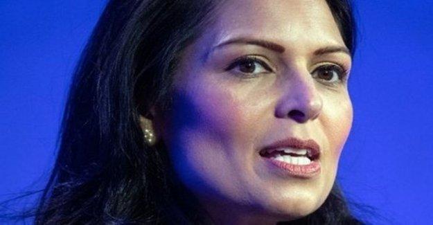 Patel toma de Ben y Jerry más de botes de inmigrantes