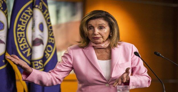 Pelosi ráfagas de Triunfo para decir que él puede ofrecer el discurso de la convención de la Casa Blanca: 'Él no puede hacer eso'