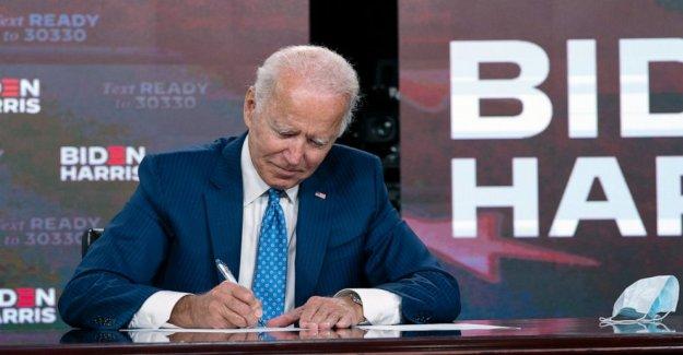 Principales postal de los estados unidos de la unión de trabajadores respalda Biden por el presidente