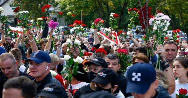 Protestas en especial de Belarús en el lugar donde manifestante murió