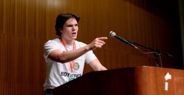 Revisión de la película: Un adolescente experimento político en 'Boys Estado'
