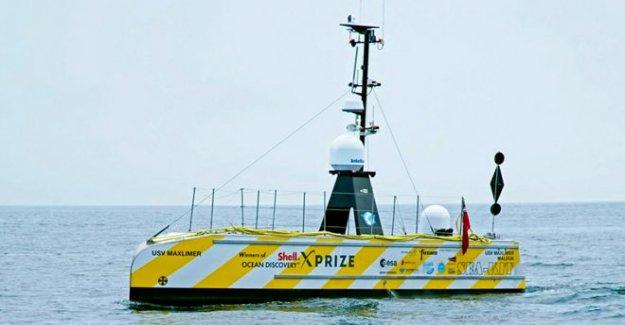 Robot barco completa tres-semana del Atlántico de la misión