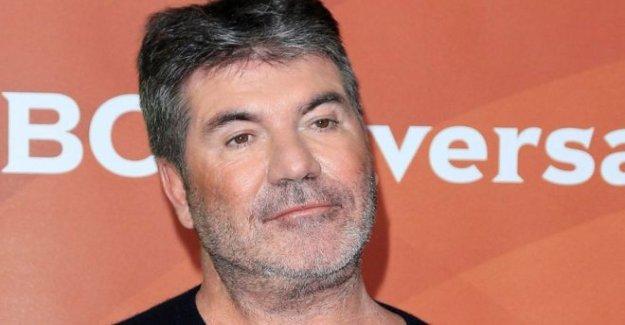 Simon Cowell gracias médicos después del accidente de moto
