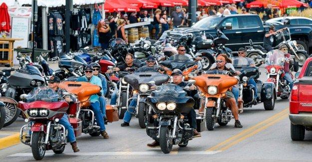 Sturgis Motorcycle Rally podría dibujar a 250.000 personas en Dakota del Sur, a pesar de COVID pandemia