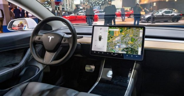 Tesla controles táctiles de la tierra conductor con multa