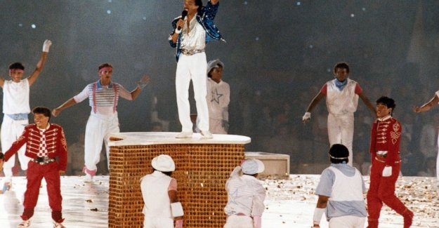 Toda la Noche: Lionel Richie recuerda clausura juegos Olímpicos de 1984