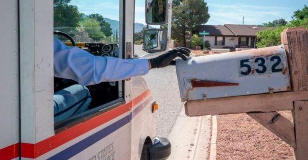 Trump bloques postal fondos para bloquear el voto por correo