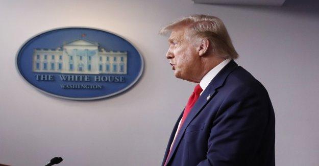 Trump votos reforma de salud a finales de agosto
