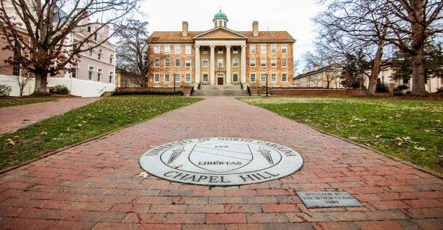 UNC Chapel Hill, coronavirus la reapertura de las directrices de chispas de protesta de los estudiantes de la facultad