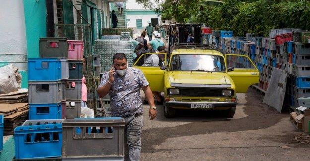 Una economía estancada, Cuba lanza de largo retraso de las reformas