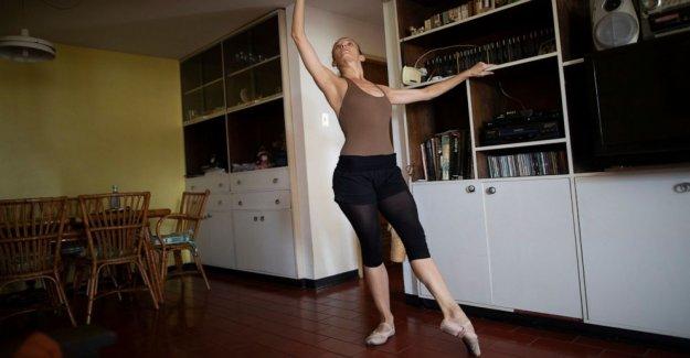 Venezuela bailarina reinventa la capacitación en el país en cuarentena