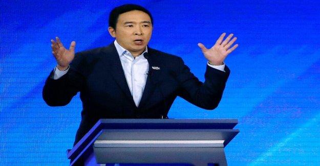 Yang ahora se hace el corte, dice que va a hablar en la convención Demócrata