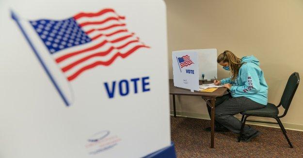 La Corte suprema permite Pennsylvania, Carolina del Norte votos contados después del Día de la Elección: Lo que debe saber
