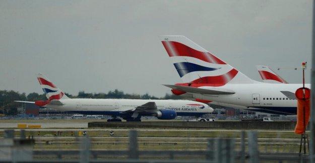 British Airways investigar los informes de azafata está ofreciendo servicios sexuales entre vuelos