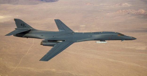 La Fuerza aérea de los brazos clásica B-1B de bombarderos con armas hipersónicas
