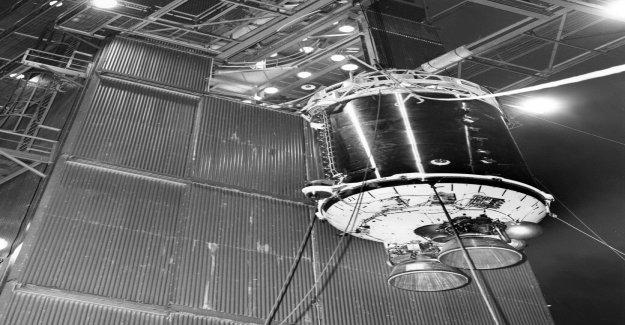 Misterioso objeto que podría ser década de 1960 cohetes de refuerzo va a volar más allá de la Tierra hoy en día: cómo verlo