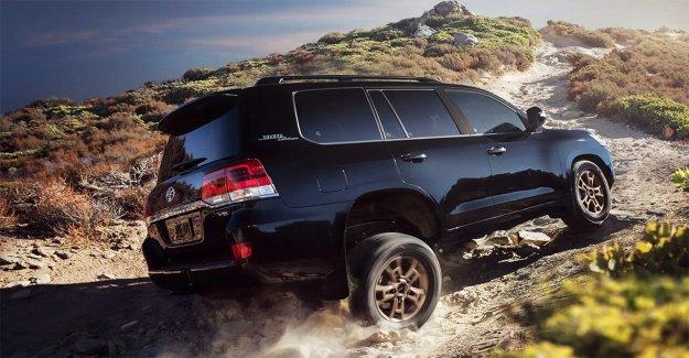 Toyota Land Cruiser de llegar al final de la carretera en el año 2021