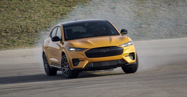 El Ford Mustang Mach-E GT eléctrico se lanza con más potencia que el Mustang GT con motor V8
