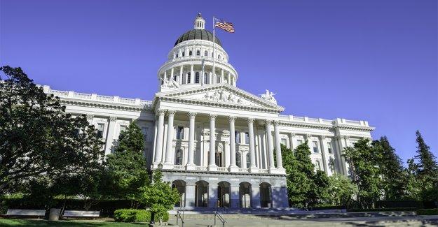Alcalde de Sacramento propone vivienda obligatoria para personas sin hogar en medio de crisis estatal