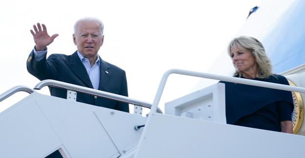 Biden plantea el calentamiento global como posible contribuyente al colapso de los condominios de Surfside