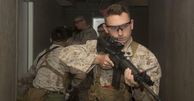 La fuerza de reacción rápida de la Infantería de Marina de los Estados Unidos se desplegó dos veces en los últimos 30 días para defender embajadas