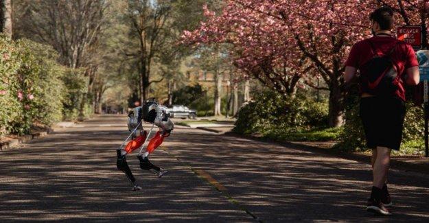 Oregon State University desarrolla el primer robot bípedo que puede ejecutar un 5K