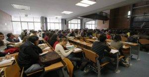 El secretario de estado de Cristofaro: Invertir en las escuelas es para cambiar el País