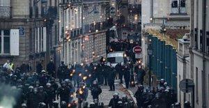 Francia, la nueva ola de huelgas. A la espera de la apertura de Macron