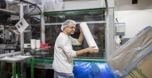 La fábrica de plástico y el medio ambiente por el ahorro: Somos trabajadores, no somos el planeta asesino